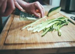 Les 5 meilleures planches à découper dont vous avez besoin dans votre cuisine  (2020)