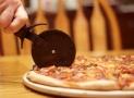 Les 5 meilleurs coupe-pizza sont idéaux pour des coupes plus propres et plus précises  (2020)