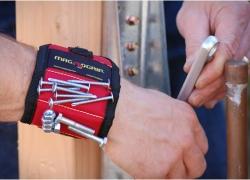 Les 5 premiers bracelets magnétiques pour outils  (2020)